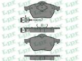 Комплект тормозных колодок, дисковый тормоз  Колодки тормозные А100 91>94/А6 95>97 передние  Толщина [мм]: 20,3 Ширина (мм): 156,4 Высота [мм]: 74,2 Количество датчиков износа: 2 для артикула №: 05P453 Длина предупреждающего контакта [мм]: 200