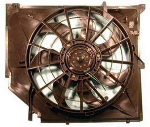 BMW E46 {318} Электро-вентилятор радиатора охлаждения с корпусом на BMW e46 (БМВ е46) - цена, наличие, описание