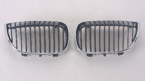 BMW E87 Решетка радиатора правая, черный-хром на BMW e87 1-er (БМВ е87) - цена, наличие, описание